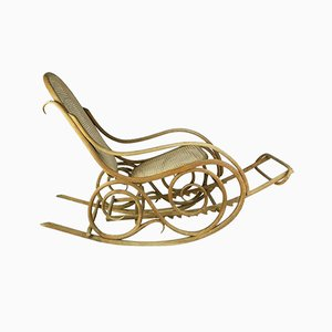 Bentwood Rocking Chair from Mundus, Early 1900s, Hungary