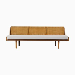 Danish Modern GE& Daybed in Oak and Rattan by Hans J. Wegner for Getama, 1950s