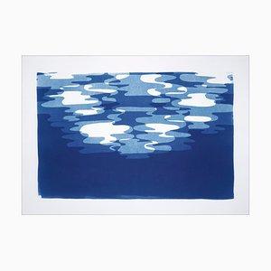 Monotipo en tonos azules de contornos de reflexión de la luz de la luna, papel de acuarela blanco 2019