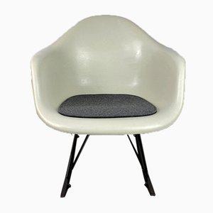 Sedia a dondolo Mid-Century RAR in pergamena bianca di Charles & Ray Eames per Herman Miller