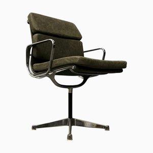 EA 207 Grüner Leder Schreibtischstuhl von Charles & Ray Eames für Herman Miller, 1960er