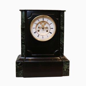 Horloge de cheminée en ardoise polie du milieu du XIXe siècle