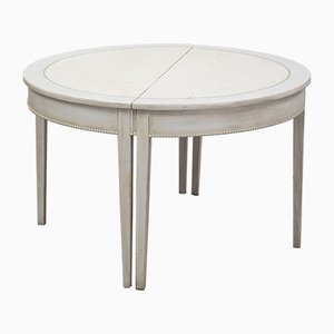19th Century Gustavian Dining Table with Beaded Edge