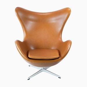 Modell 3316 der Eierstuhl von Arne Jacobsen und Fritz Hansen