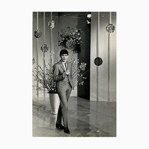 Unknown - Portrait of Gene Pitney During a Show - Vintage Photographic Print - 1960s