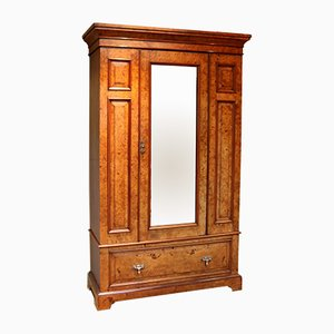 Burr Walnut Garderobe