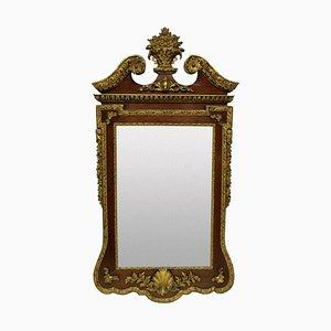 Specchio grande antico in stile Giorgio II in noce e pacco dorato