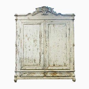 Antiker französischer Kleiderschrank