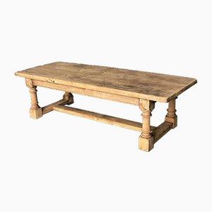 Table basse en chêne blanchi, France