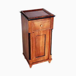 German Biedermeier Walnut Bedside Table, 1830s