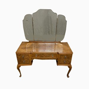 Queen Anne Burr Walnut Dressing Table