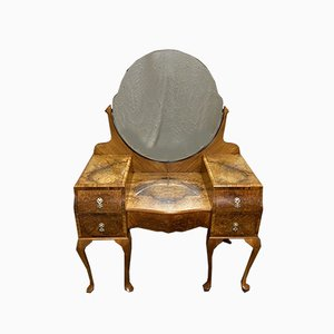 Very Stylish Queen Anne Burr Walnut Dressing Table