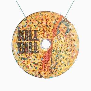Quadro Dvd Kill Bill in acrilico con triplo colore e tavolino in stoffa colorata