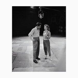Eddie Fisher y Debbie Reynolds Archival Pigment Print enmarcado en blanco de Bettmann