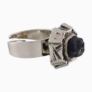 Pentti Sarpaneva, Finlandia, anillo modernista en plata, 830, fechado 1975