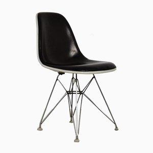 Beistellstuhl mit Eiffel Gestell von Charles & Ray Eames für Herman Miller