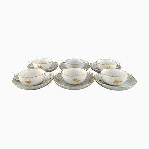 Meissen Bouillon Tassen mit Unterteller aus Porzellan mit Blumen und Blattwerk, 12er Set
