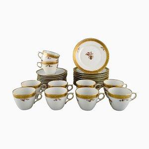 Servicio de café con cesta dorada de Royal Copenhagen, años 60. Juego de 30