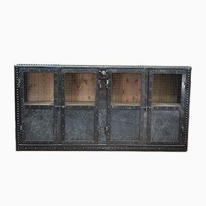 Antikes Genietetes Metall Sideboard