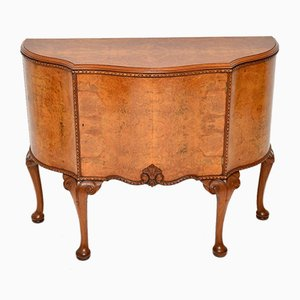 Mueble estilo Queen Anne antiguo de nudo de nogal