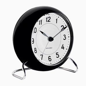 Orologio da tavolo bianco e nero di Arne Jacobsen