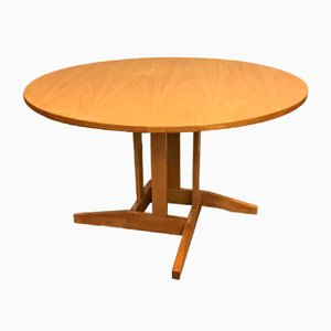 Round Danish Oak Extendable Dining Table, 1960s
