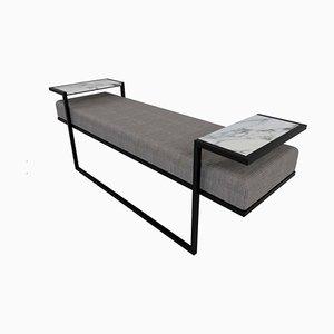 Eros Bank im Industriellen Stil aus Geschwärztem Stahl, Marmor Tablett & Jasper Stoff von Casa Botelho