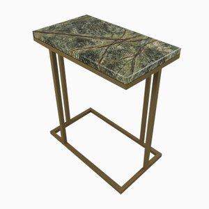 Mesa auxiliar Elio II inspirada en Art Déco con superficie de mármol verde y raíz de mármol de Casa Botelho
