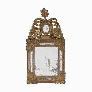 Kleiner Spiegel im Louis XVI Stil aus vergoldetem Holz