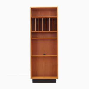 Danish Teak Bookcase from Hundevad & Co., 1970s