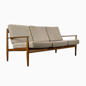 Danish Teak Model 118 Sofa by Grete Jalk for France & Søn / France & Daverkosen, 1960s