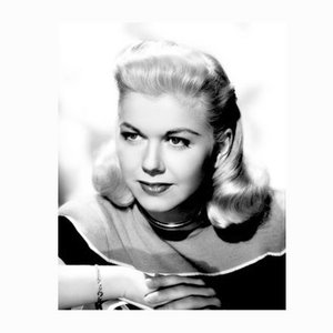 Doris Day Photographic Portrait Archivdruck in Schwarz gerahmt von Everett Collection