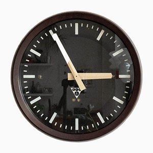 Czechoslovakian Industrial Model Pv 301 Station Clock from Pragotron, 1980s
