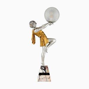 Lampe Lady Holding a Ball Art Deco par Emile Carlier, France, 1930s
