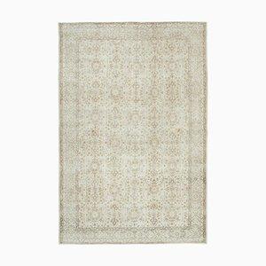 Türkischer Vintage Beiger Bodenteppich
