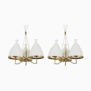 Lampadari in ottone e vetro bianco di Stilnovo, anni '50, set di 2
