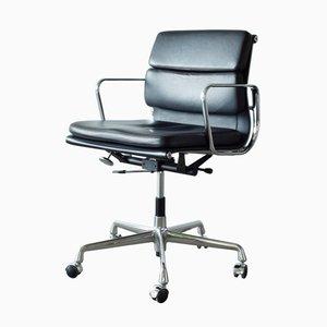Chaise de Bureau EA217 Soft Pad par Charles and Ray Eames pour Vitra