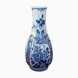 Keramikvase mit blauen floralen Verzierungen von Delft, 1960er