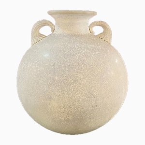 Weiße Italienische Mid-Century Modern Amphora Vase mit Gearbeiteten Griffen von Sergio Asti, 1960er
