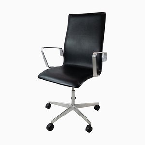 Model 3293C Oxford Office Chair by Arne Jacobsen
