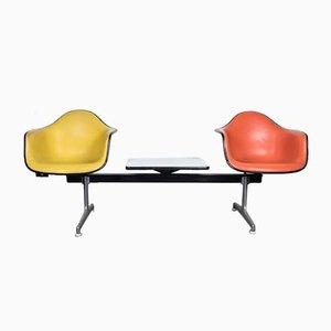 Banco de aeropuerto Mid-Century de Charles & Ray Eames Tandem Seating para Herman Miller