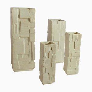 Weiße Viereckige Relief Vasen, 4er Set