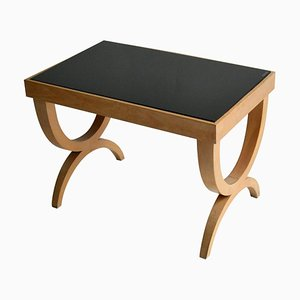 Beistelltisch im Regency Stil aus hellem Holz und schwarzem Glas