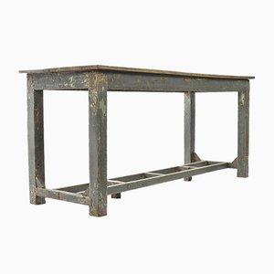 Verwitterter Tisch aus Holz