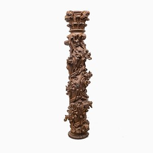 Korinthische Säule im Barock Stil