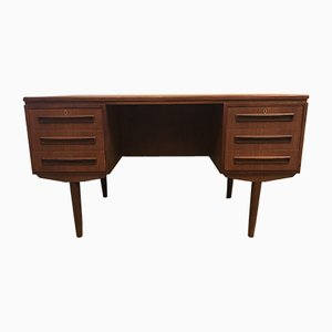 Bureau par J. Svenstrup pour AP Furniture Factory, Danemark, 1960s