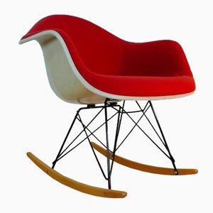 Mecedora Rar de fibra de vidrio de Charles & Ray Eames para Herman Miller, años 60