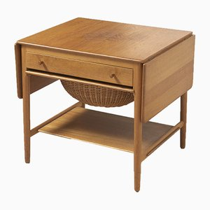Danish Oak AT-33 Side Table by Hans J. Wegner for Andreas Tuck, 1950s