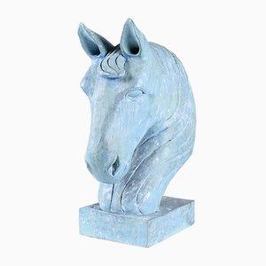 Blaue Pferdekopfskulptur aus geschnitztem Holz