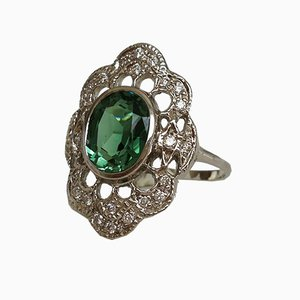 18 Carat White Gold Ring with Green Tourmaline and Diamonds
